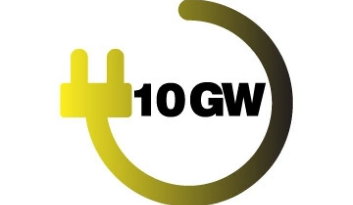 Milestone: 10 Gigawatts of Solar Panels in 2010, Part 1
