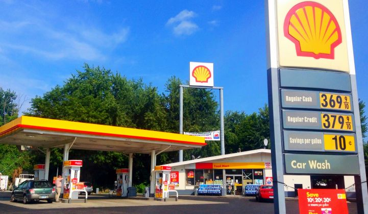 Critics of Shell's Sky Scenario: 'A Future Full of Fossil Fuels'