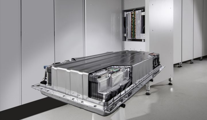 Daimler Enters the Market for Stationary Energy Storage