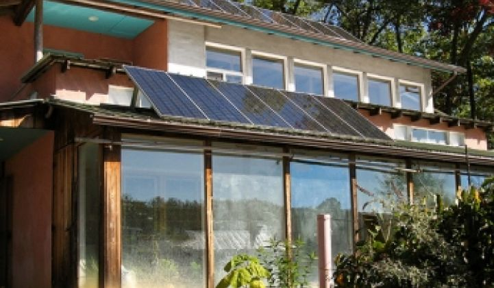Having Solar Energy System Trouble? Don't Call Your Utilities