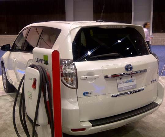 The All Electric Suv Has A Battery Pack That Matches Leaf S 100 Mile Range And Roximately Six Hour Recharging Time On Level Two 240 Volt