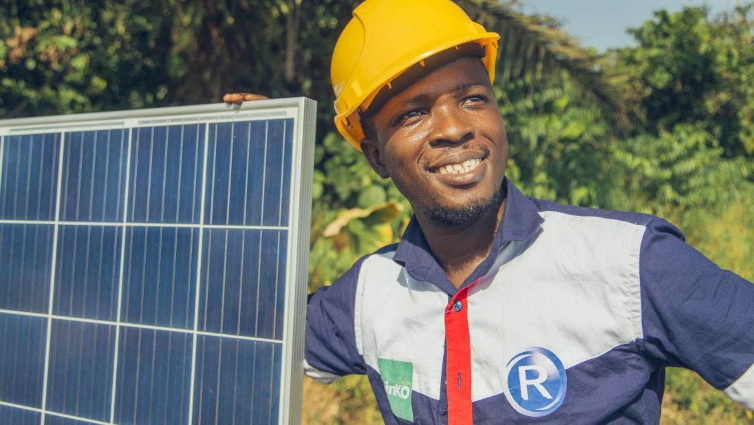 In Nigeria, a Template for Solar-Powered Minigrids Emerges