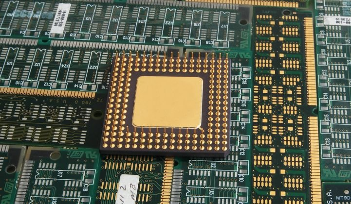 The 'Spectre' and 'Meltdown' Chip Vulnerabilities Could Affect Grid Hardware