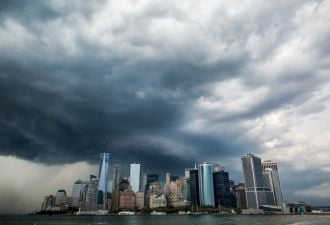 Remaking the Climate-Resilient City