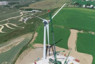 Cornwall's first smart grid-connected wind turbine is in place.