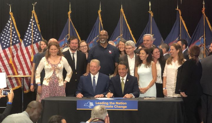 Gov. Cuomo Signs Historic Offshore Wind Agreement