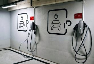 V2G could mean big money for EV fleet operators. (Shutterstock)