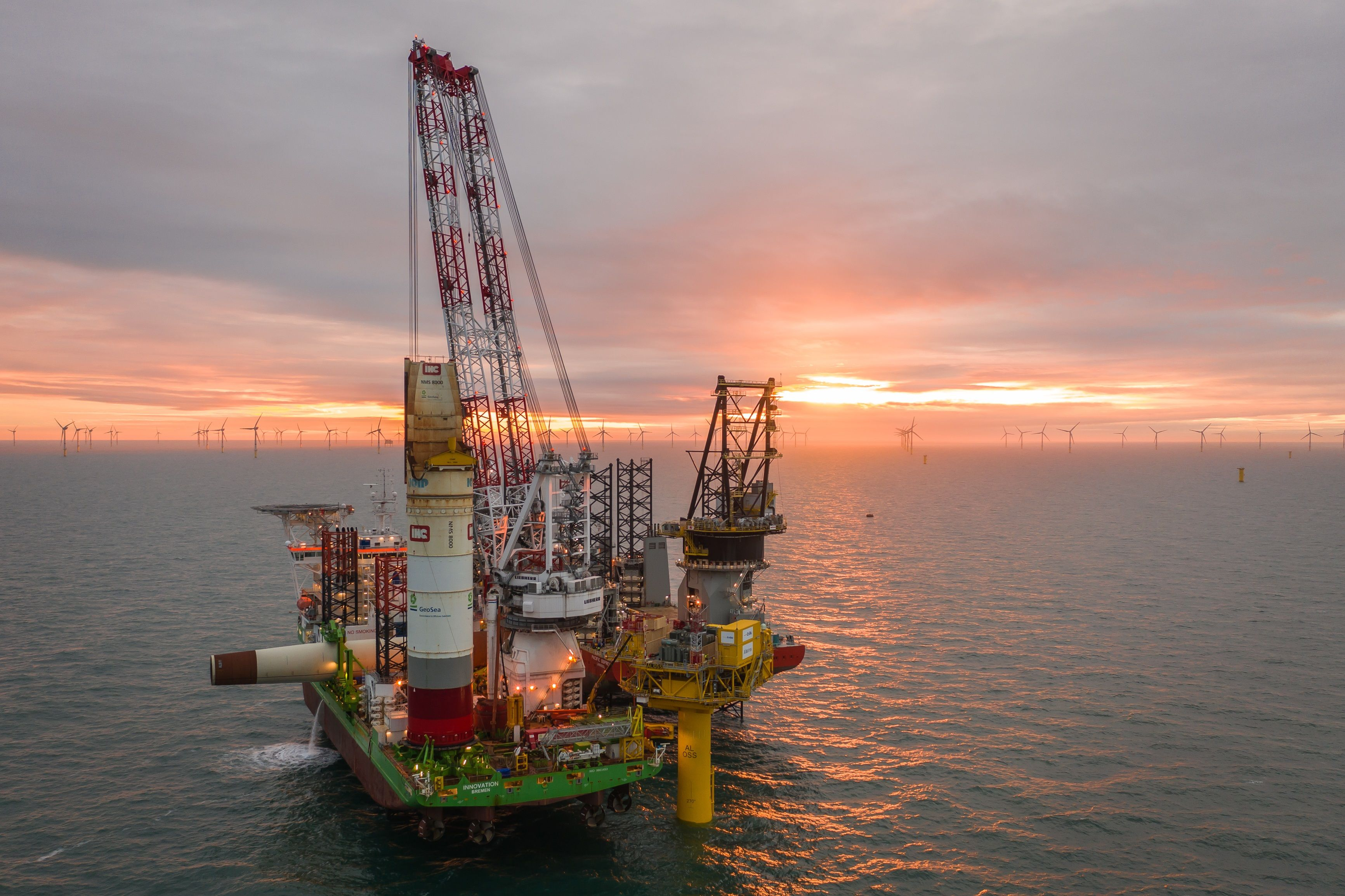 Powering offshore oil and gas production platforms with renewables makes sense.