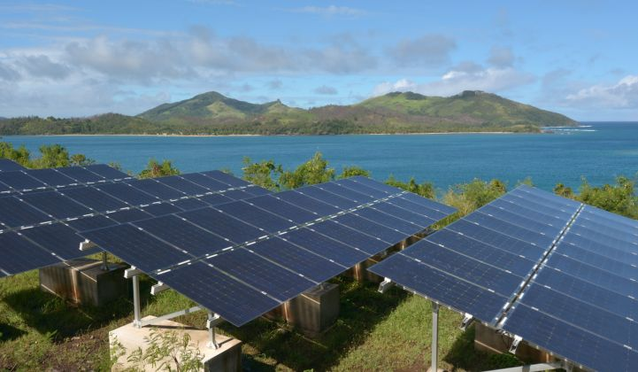 Solar, Batteries and LNG Emerge as Competitors to Oil in Island Markets
