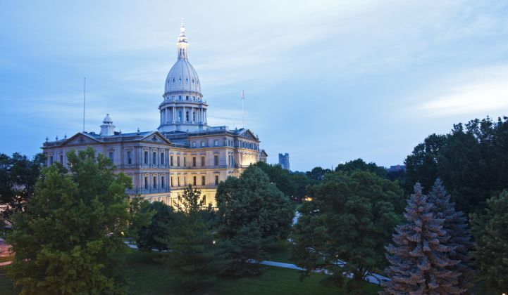 Michigan Passes Legislation to Boost Renewables Mandate, Retain Net Metering