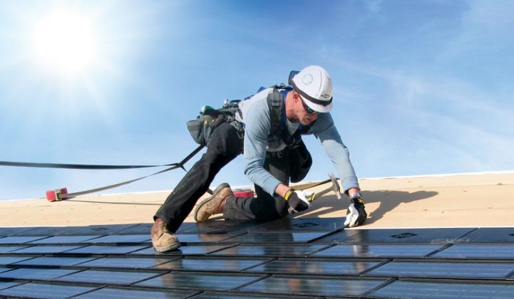 Solar Shingles Cost >> Rgs Energy Revives Dow S Solar Roof Claiming Better Efficiency And