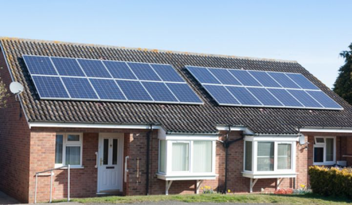Poll: 75% of US Homeowners Say Utilities Shouldn't Block Solar