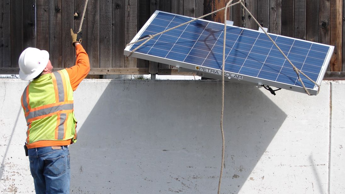 Amidst a Surge in Extreme Weather, Distributed Energy Takes On New Meaning for the US Grid