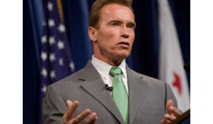 Schwarzenegger: Federal Government 'Asleep at the Wheel'