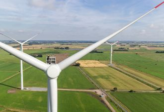 Turbines, and factories, are getting bigger onshore and offshore. (Credit: Siemens Gamesa)
