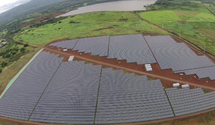 Utility-Scale Solar in Hawaii, Batteries Included