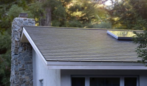 Solarcity Solar Panels >> Tesla Installs Its First Solar Roofs As Solarcity Disappears
