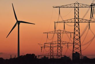 The government has a key role in supporting new energy technologies, the author writes.