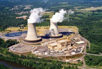 Exelon is pulling the trigger on plans to separate its financially struggling, nuclear-heavy generation fleet from its regulated utilities.