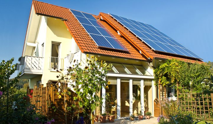 How Much Does a Rooftop Solar System With Batteries Cost?