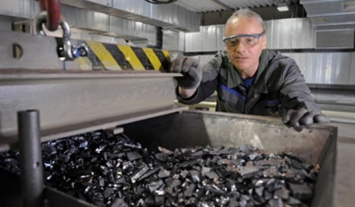 Solar Waste Recycling: Can the Industry Stay Green?
