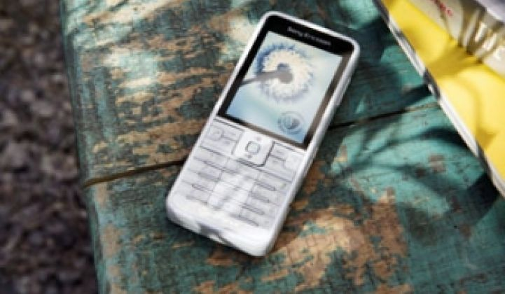 Sony Ericsson Goes Green With Phones, Eliminates Manual
